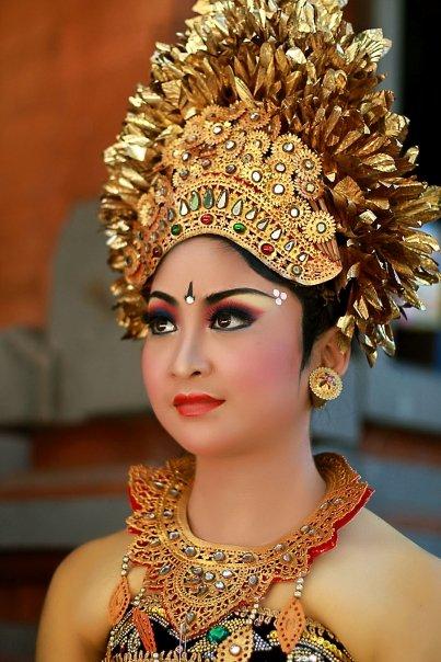 Anak Bali Jegeg sajan